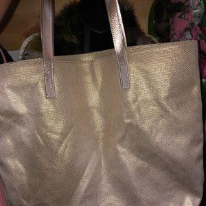 Michael Kors Bags - 👜Michael Kors Tote👜 ONLY